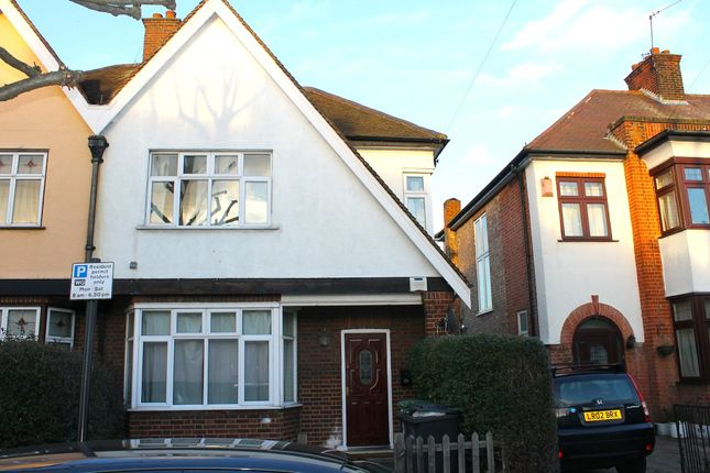Terraced house to rent in Dunbar Road, Wood Green, London