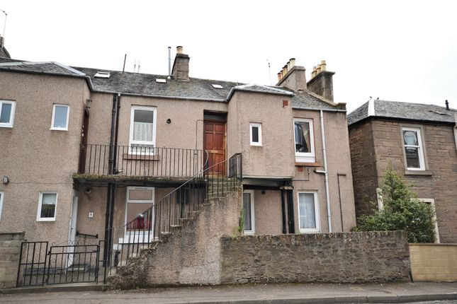 Thumbnail Flat for sale in South George Street, Dundee