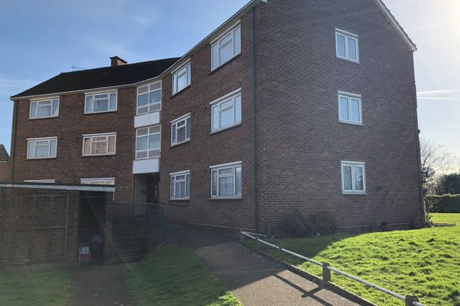 Thumbnail Flat to rent in Brading Crescent, Wanstead