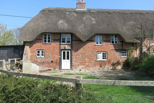 Thumbnail Cottage to rent in Upper Bullington, Sutton Scotney, Hampshire