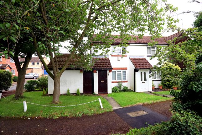 Thumbnail Semi-detached house to rent in Roman Gardens, Kings Langley