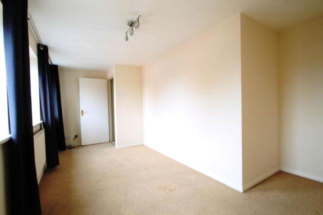 Thumbnail Flat to rent in Pickford Street, Aldershot