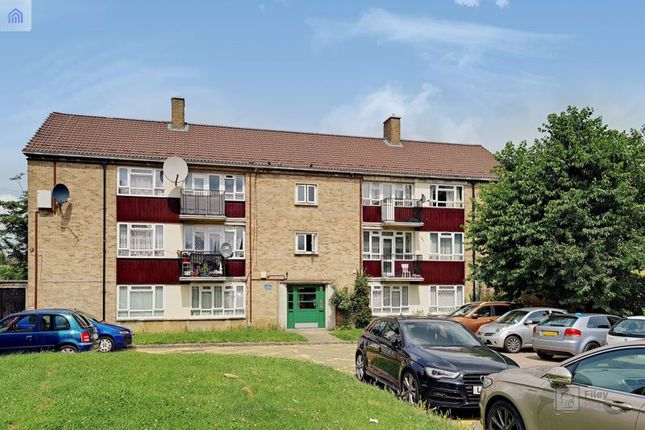 Thumbnail Flat for sale in Mayfield Crescent, Edmonton