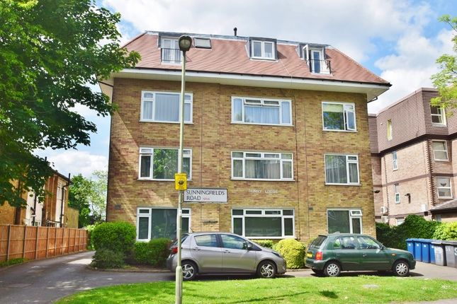 Flat to rent in Sunningfields Road, London
