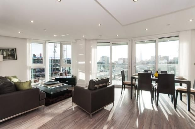 Thumbnail Flat for sale in Alie Street, London