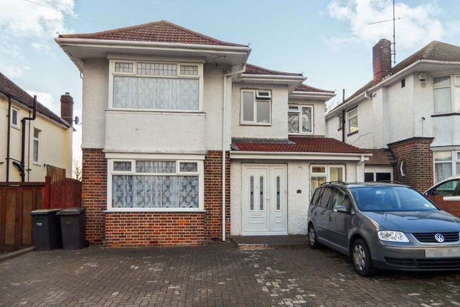 Thumbnail Semi-detached house for sale in Halfway Avenue, Luton