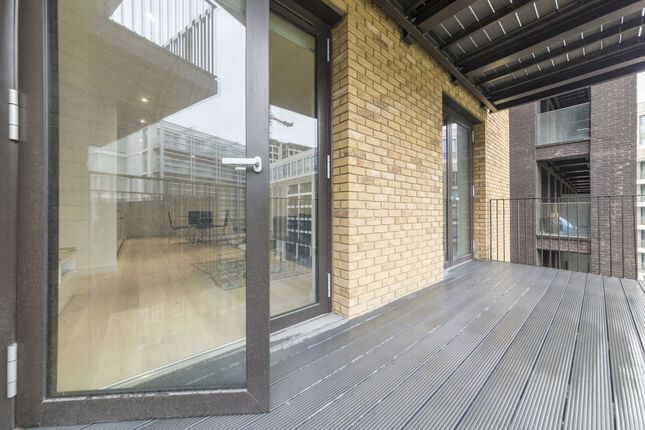 Photo 9 of Masthead House, 14 Rope Terrace, Royal Wharf, London E16