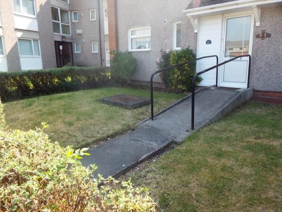 Picture No.08 of Friars Close, Wirral, Merseyside CH63
