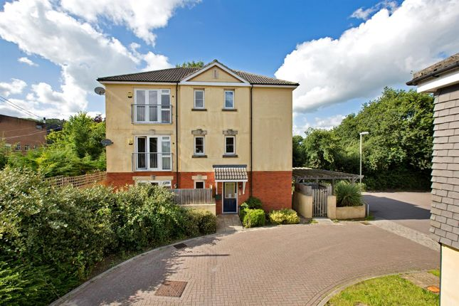 Thumbnail Flat to rent in The Deanes, Tiverton
