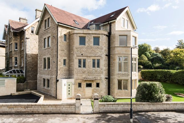 Thumbnail Flat for sale in First Floor Apartment, 1 Beckford Road, Bath
