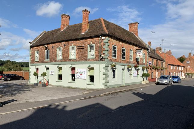 Thumbnail Restaurant/cafe for sale in NG22, Ollerton, Nottinghamshire