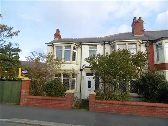 Thumbnail Property to rent in Daggers Hall Lane, Blackpool