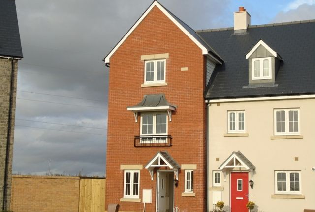 Thumbnail Property to rent in Y Corsydd, Llanelli