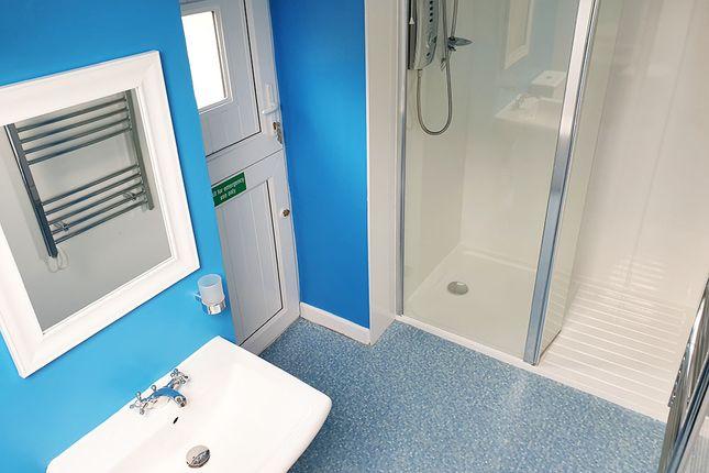 Shower Room of Sprytown, Near Lifton PL16