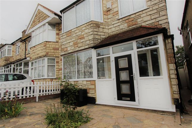 Land to rent in Elm Way, London