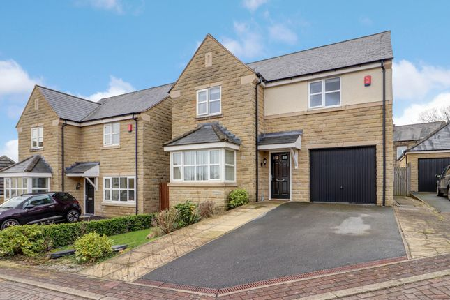 4 bed detached house for sale in Britannia Crescent, Birkby, Huddersfield HD2