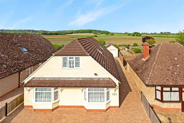 Thumbnail Detached bungalow for sale in Whitecross, Abingdon, Oxfordshire