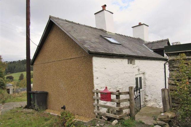 Thumbnail Semi-detached house to rent in Nantyr, Llangollen