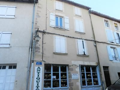 Thumbnail Apartment for sale in Confolens, Charente, France