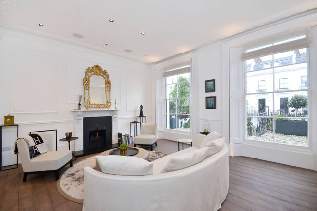 Thumbnail Property to rent in Hereford Road, Notting Hill, London
