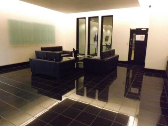 2 Bed Flat For Sale In The Exchange 5 Lee Street
