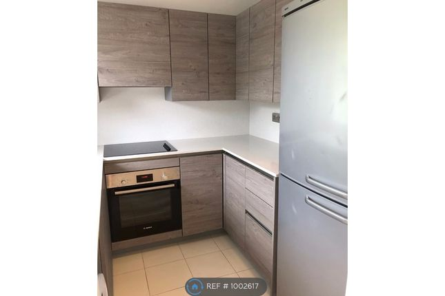 1 bed flat to rent in Mardale Court, London NW7
