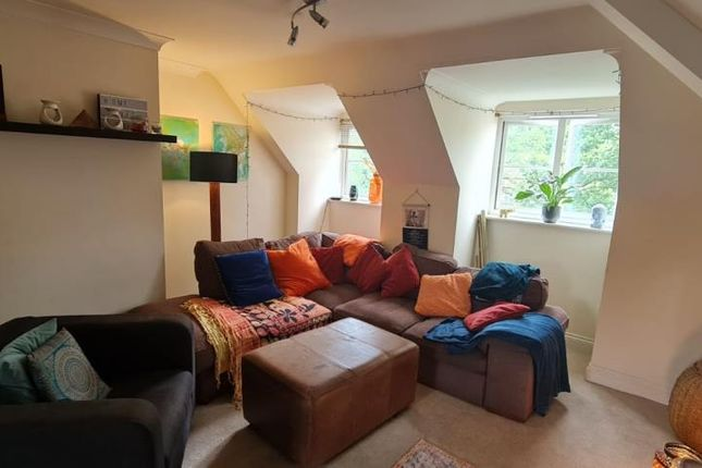 Thumbnail Flat to rent in Berrywood, Oriental Road
