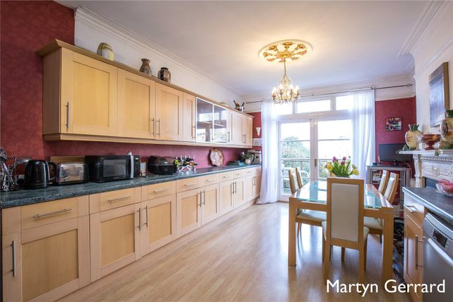 Thumbnail Terraced house for sale in Greenham Road, Muswell Hill
