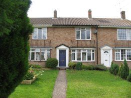Thumbnail Terraced house to rent in Browns Lane, Uckfield