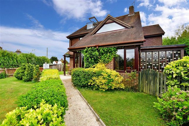 Thumbnail Detached house for sale in Old Watling Street, Rochester, Kent