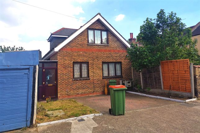 1 bed detached bungalow to rent in Buxton Road, East Ham E6