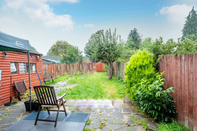 Thumbnail Terraced house to rent in Willow Way, Woking