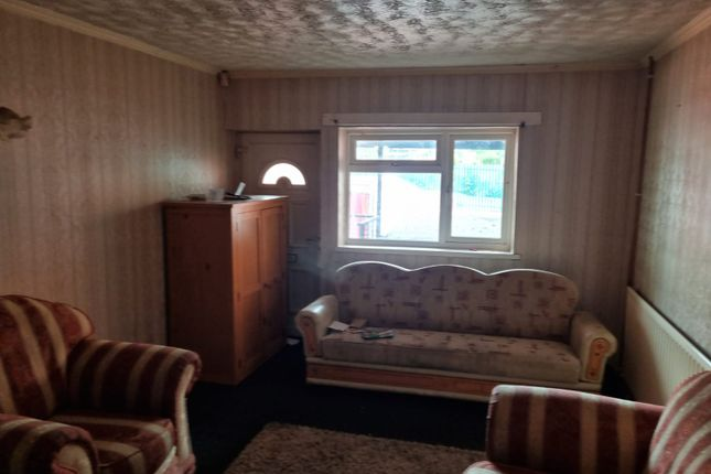 Studio to rent in Caldmore Road, Walsall WS1