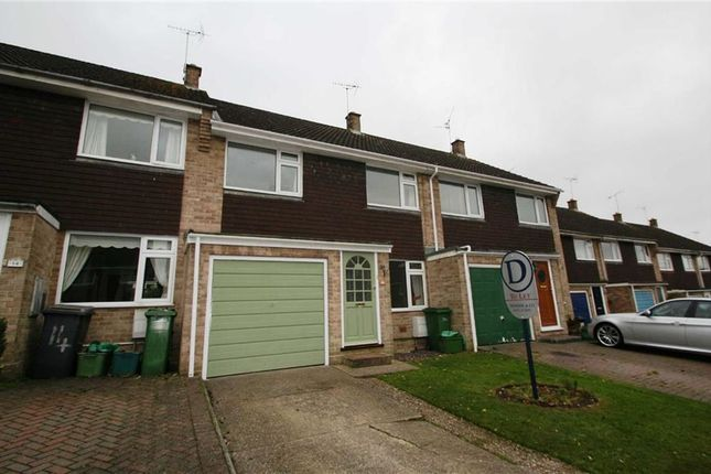 Thumbnail Terraced house to rent in Sandown Way, Newbury