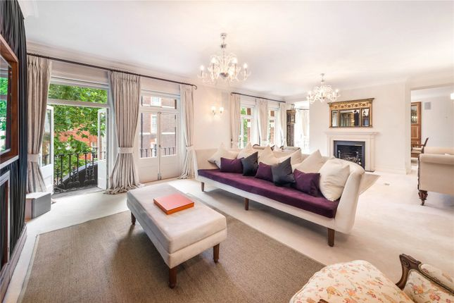 Thumbnail Flat for sale in Cadogan Court, Draycott Avenue, London