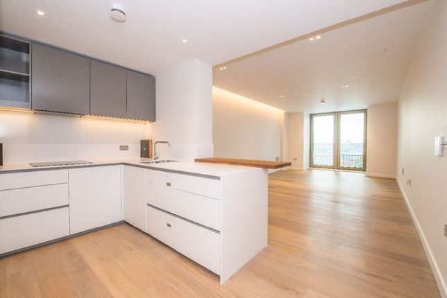 1 bed flat to rent in Tapestry Apartments, Kings Cross, London