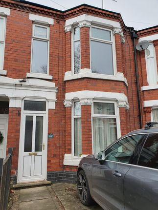 Thumbnail Town house to rent in Ruskin Rd, Crewe, Cheshire, England