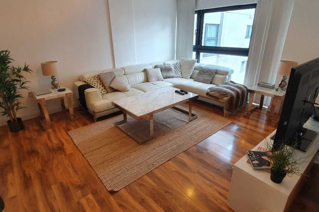 Thumbnail Flat to rent in Landmark Place, Cardiff