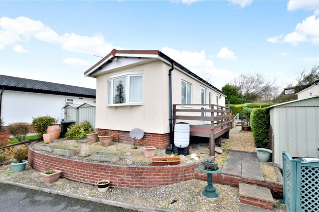 Thumbnail Mobile/park home for sale in Abbotshill Park, Totnes Road, Abbotskerswell, Newton Abbot
