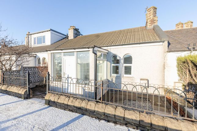 2 bed bungalow to rent in Glasgow Road, Ratho Station, Edinburgh EH28