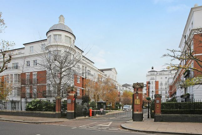 1 bed flat to rent in Magnolia Lodge, Kensington Green, London