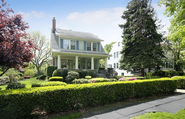 Property for sale in 146 Sutton Manor Road New Rochelle, New Rochelle, New York, 10801, United States Of America