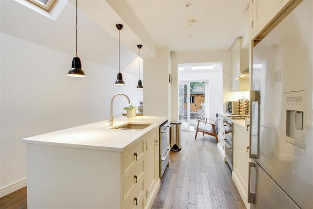 Thumbnail Property for sale in Fernbrook Road, Hither Green, London