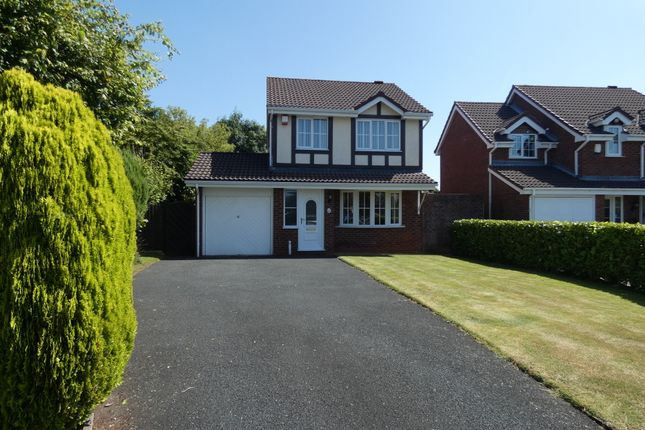 3 bed detached house to rent in Aldridge Close, Priorslee, Telford TF2