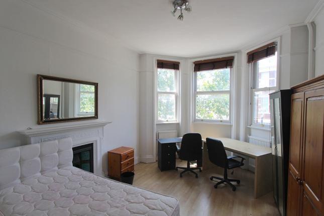 Thumbnail Flat to rent in Trebovir Rd, Earls Court, London