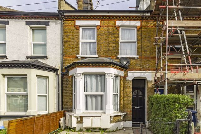 Thumbnail Property for sale in Felix Road, London