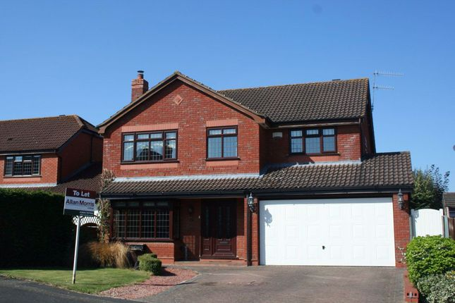 Thumbnail Property to rent in Clifford Road, Droitwich