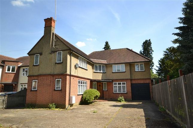 Thumbnail Detached house to rent in Cassiobury Drive, Watford, Herts