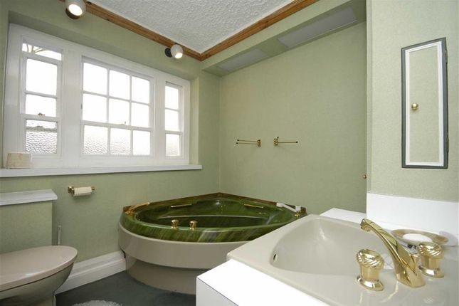 Bathroom of Corringham Court, Hampstead Garden Suburb NW11