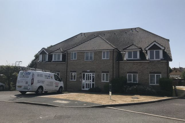 Thumbnail Flat to rent in Clovelly House, Honeycrag Close